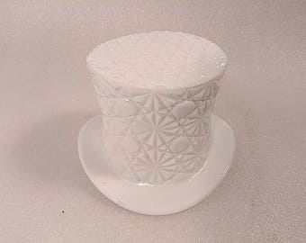 Vintage Fenton Daisy and Button Design Milk Glass Top Hat