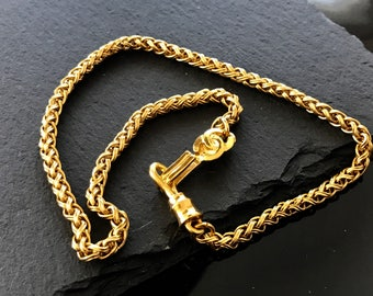 Chanel necklace, Chanel CC gold necklace,  Vintage chanel chain necklace, Authentic Chanel necklace, Chanel statement necklace