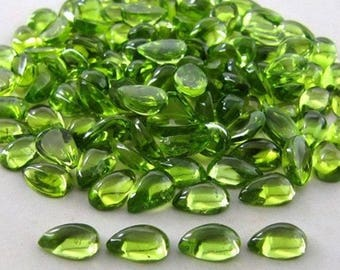 25 pic. Lot of Natural Green Peridot pear shape cabochon for jewelry