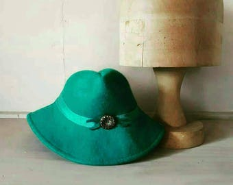 Green Forties Tilt Hat Repro