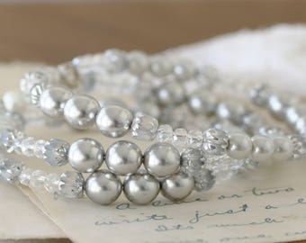 Wedding Jewelry - Pearl Wedding Bracelet - Bridal Bracelet - Bridesmaid Bracelet - Romantic Bracelet for Her - Date Night - Pearl Bracelet