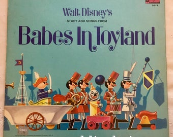 Babes in Toyland - Walt Disney Record Vinyl Record & Read Along Book 1961 Very Good Condition!