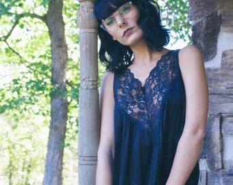 Black vintage lingerie nightgown. Vintage nighty. Vassarette vintage lace nightgown. Vintage lingerie.