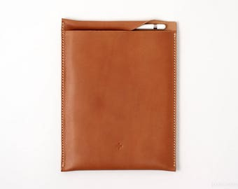 "10.5"" iPad Pro Leather Sleeve in Tan Horween Essex Leather w/ Apple Pencil Pocket // Case, Full Grain Leather // 10.5-inch iPad"