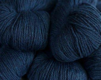Berroco VINTAGE 51182 +Free Patterns 7.75+.99ea to Ship INDIGO 51182 Dark Blue Wool Acrylic Nylon. Soft, Nice Definition, Washable MSRP 8.50