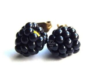 Blackberries stud earrings - miniature forest botanical blackberry earrings - berry jewelry - woodland earrings - gothic - gothic jewelry