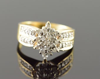 10k 0.75 CTW Diamond Cluster Ring Gold
