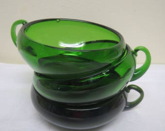 Finland Kumela, Vintage Green Glass Dessert Bowls, Three Pieces