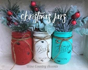 Painted Mason Jars. Christmas Decor. Home Decor. Holiday Decor. Christmas Wedding. Winter Decor. Rustic Decor. Christmas Gifts. Painted Jars
