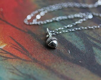 TINY Acorn Necklace Fall Autumn Jewelry, Acorn Pendant,  Silver Acorn Necklace ,  Fall Jewelry, Woodland Charm necklace, Forest necklace