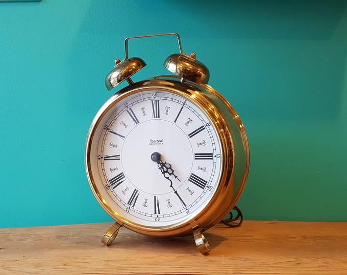 United Wall or Table Clock - USA -