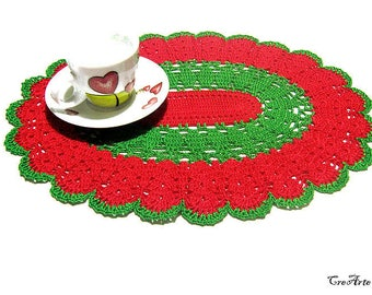 Christmas Oval Crochet Doily, Red and Green Doily, Christmas Table Decoration, Centrino Natale