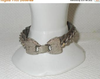 On Sale Vintage One Of A Kind Retro Chunky Silver Tone Mesh Chain Link Bracelet With Bow Tie Clasp