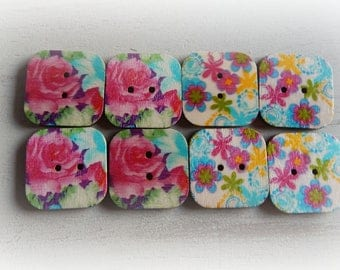 8 flowers 30 * 30 mm square wooden buttons