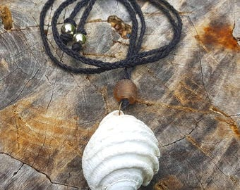 Fossilized shell necklace