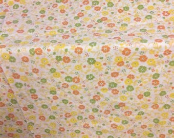 FULL SIZE flowered Percale sheet
