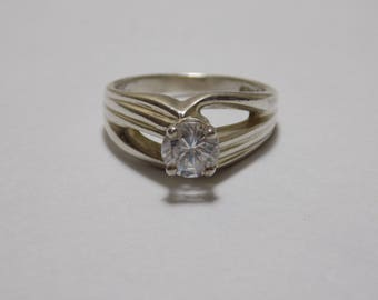 Sterling silver cz ring size 7 1/4