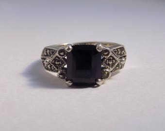 Large Onyx, marcasite sterling silver ring size 9