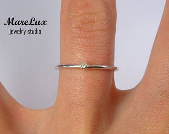 Natural Peridot Stacking Silver Ring, Minimal Peridot Stackable Ring, August Birthstone Jewelry, 1.5 mm Round Cut Genuine Green Peridot Ring