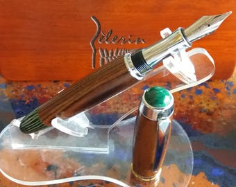 Fountain pen cocobolo and green galalith Creations Pilgrim