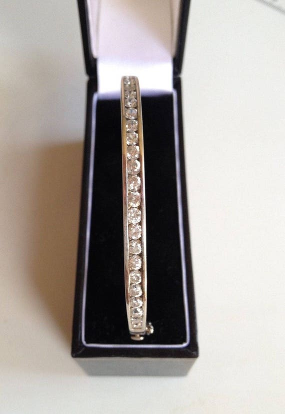 Solid Hallmarked 925 Sterling Silver and CZ Hinged Bangle & Box 14.3gr
