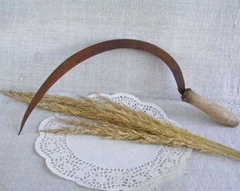 Vintage Hand Sickle / Antique Sickle / Old Primitive Sickle / Rustic decor / Primitive Tool / Farmer's Tool / Antique Tools Crafts