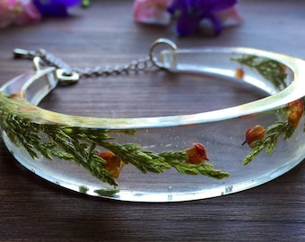 Real flower bangle, flower bracelet, pressed flower jewelry, resin bangle, terrarium bangle, terrarium bracelet, gift for her, gift