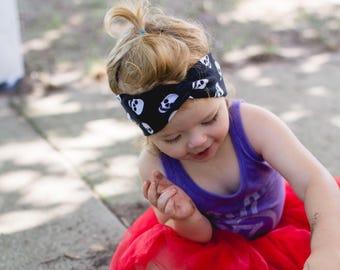 Baby Skulls Turban Headband, punk baby skull stretchy headwrap, halloween headband, newborn headband, baby girl gift, wide fabric