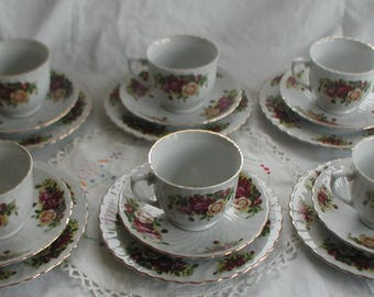 Vintage Royal Norfolk 18 Piece Tea Set