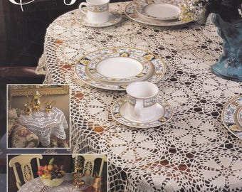 Table Elegance, Annie's Attic Crochet Thread Tablecloths Pattern Booklet 879103