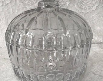 Vintage Anchor Hocking Glass Fan and Star Pressed Crystal Covered Lidded Candy Dish Bowl