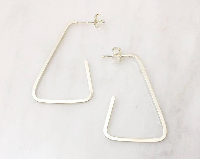 Modern Hoop Earring - Triangular