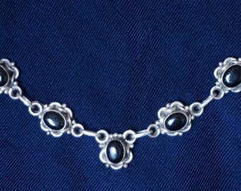 Vintage Beautiful Silver necklace with 5 Black Onyx