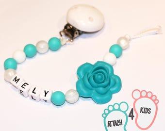 Attache tétine en silicone thème bleu turquoise et blanc brillant - Personnalisable prénom de votre choix