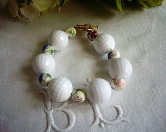 White Pearl bracelet, ceramic and acrylic