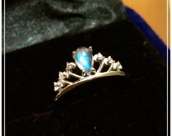 Crown Design 925 Sterling Sliver Raindrop Rainbow Moonstone Rings, AAAAAA Quality