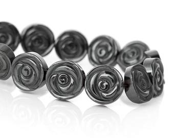 Set of 2 beads in the shape of flowers 12mm in GUNMETAL Hematite