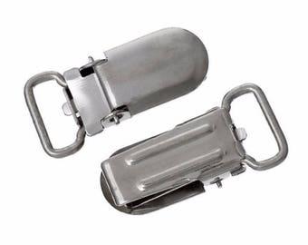 Strap metal pacifier clip