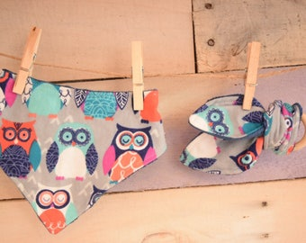 Owls teething ring and bandana bib woodland gift set baby shower