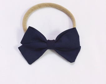 Baby & Toddler bow Charley - Navy signature bow headband