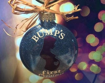 Bumps first christmas - Pregnant gift- Pregnant mom gift - Pregnant christmas ornament - Pregnancy announcement ornament