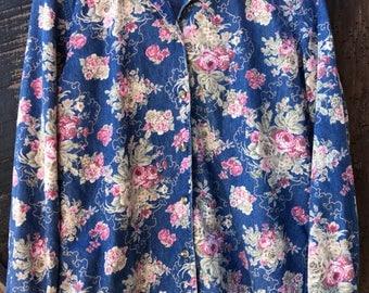 90s floral shirt, chambray shirt, denim shirt, vintage 90s blue floral print button front long sleeve blouse shirt womens oversized