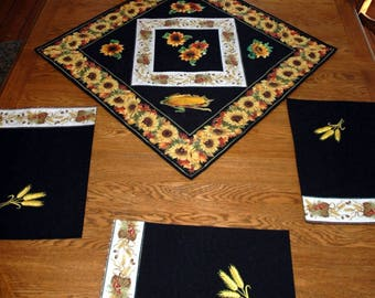 Autumn Themed Quilted Table Topper and 4 Place Mats