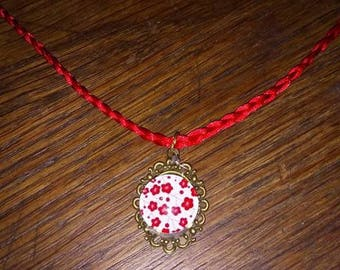 Red cabochon Flower necklace