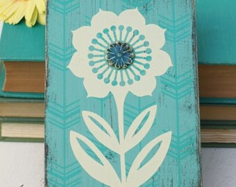 flower wall hanging in aqua with porcelain