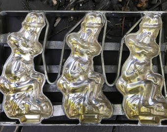 Vintage Warner Brothers Bugs Bunny Chocolate Mold