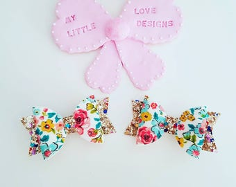 Small floral bows