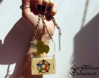 Pentacle necklace, pressed flower jewelry, wiccan pendant, witches jewellery, wooden, ivy, elements pendant, occult gift pagan, Ostara gift