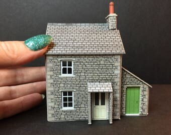 Miniature 00/HO 1:76th 1/87th scale cottage house