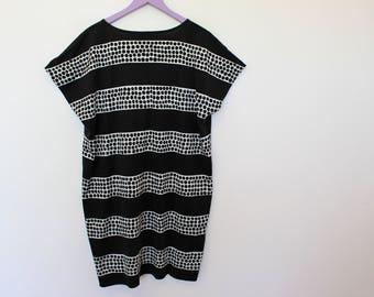 MARIMEKKO Dress Black White Polka Dot Print Roundneck Dress Sleeveless Cotton Jersey Tunic   Large
